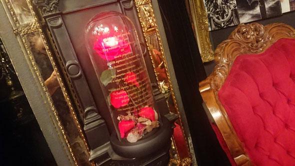 美女と野獣 一輪のバラ ガラスドーム プリザーブドフラワー 光る薔薇 LED gigor オーダーフラワー chouchou  シュシュ