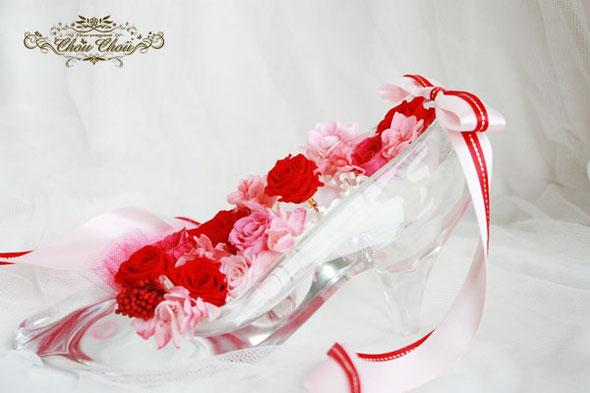 プロポーズ ガラスの靴 リング ミラコスタ ディズニー プロポーズリング フラワーリング 赤薔薇 リングケース