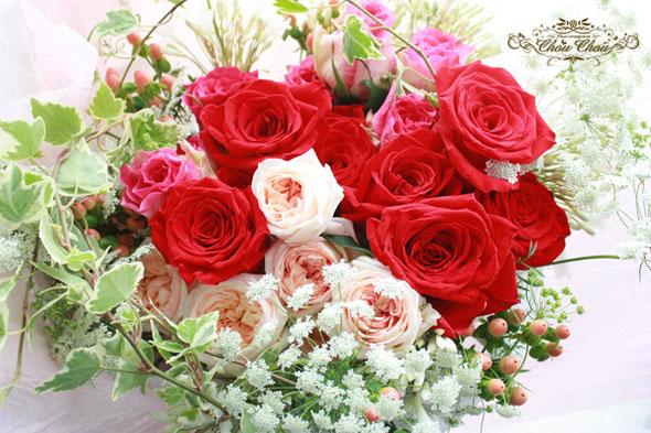 プロポーズ ディズニー 花束 薔薇