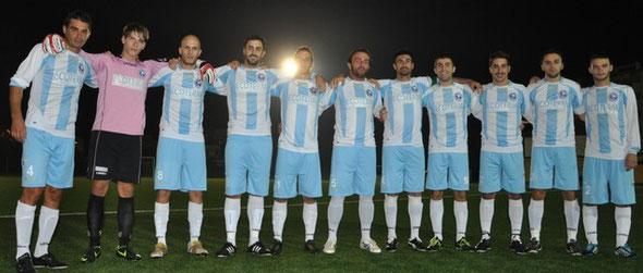 Nella foto l'undici della Pescara Nord sceso in campo contro Il Real Zanni