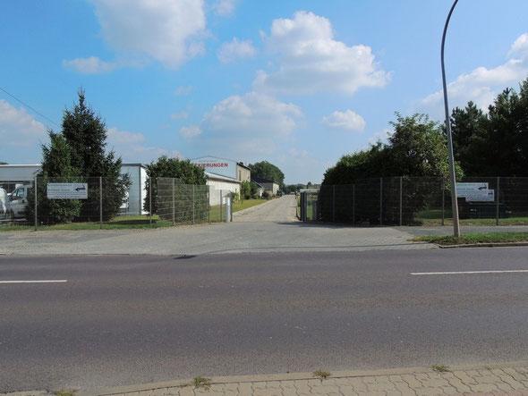 Einfahrt zum Betriebsgelände in der Magdeburger Straße