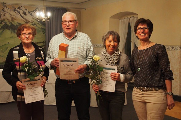 v. l. n. r. Irmgard Mayer, Max Kuhn, Gerda Conradi-Renn und Marianne Späth