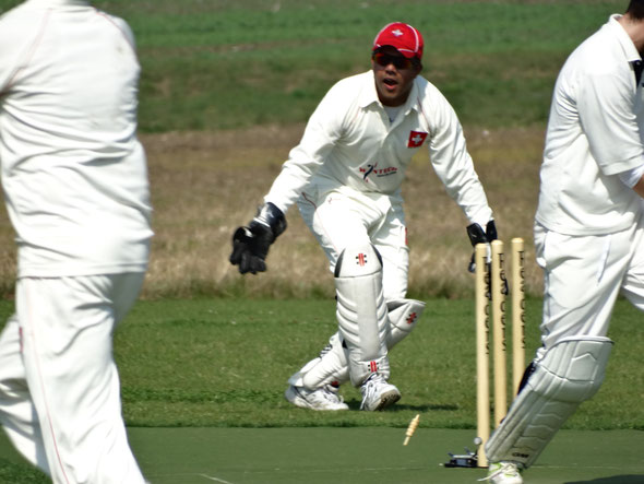 Tom Mampilly in action for Switzerland against Luxembourg (4-Nation T20, 5-7.9.2014)