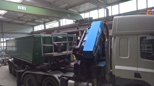Schüttguttransporte - Schmitz SKI 18-7,2 Alu-Kipp-Sattelauflieger mit 27 to Nutzlast
