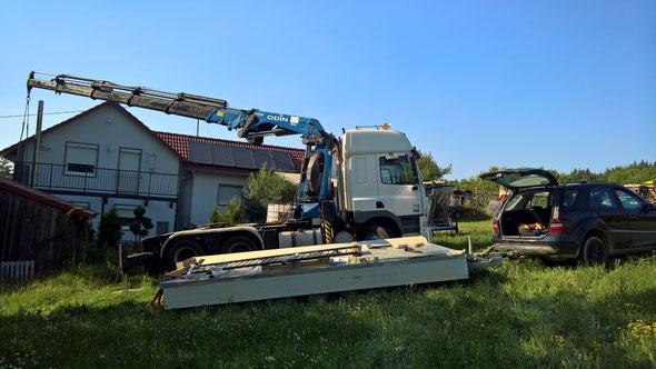 Unsere Maschine ist sehr gut geländegängig und wendig, durch die hintere Liftachse (Achsabstand nur 3,70m) und der Differenzialsperre.