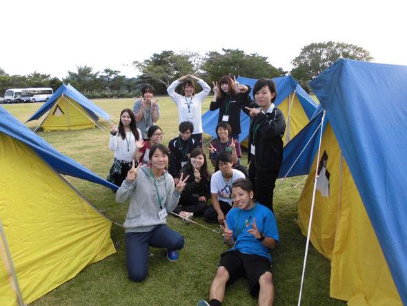 テント設営では、ペグの打ち方やフライシートの役割を学びました^^