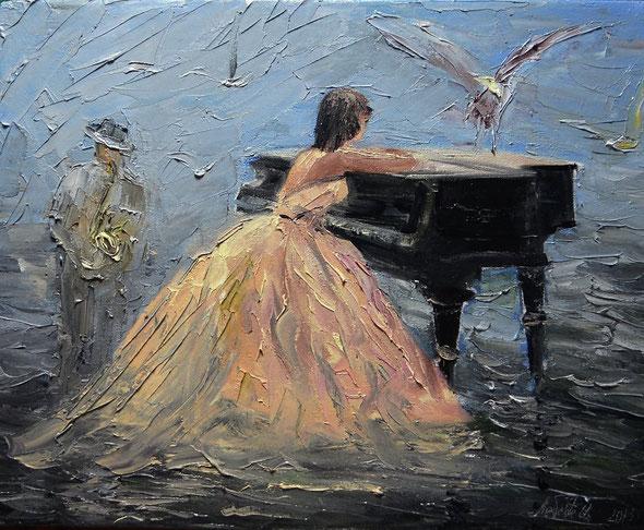 Она сидела и мечтала, А чайка песню напевала, А музыка играла и играла, Морской волной, в строку писала, Минорной гладью, расстворяла, Мелодию ночи, слагала,  И о любви мечтала, А чайка помогала...