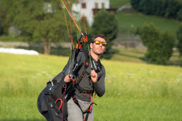 Gleitschirmflugschule Air-Time im Schwarzwald Flugschule Oberkirch Gleitschirmschule Gleitschirmreisen