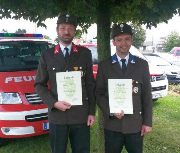 HFM Martin Mühlhauser und LM d.V. Robert Reisenhofer mit Ehrenmedaille in Bronze