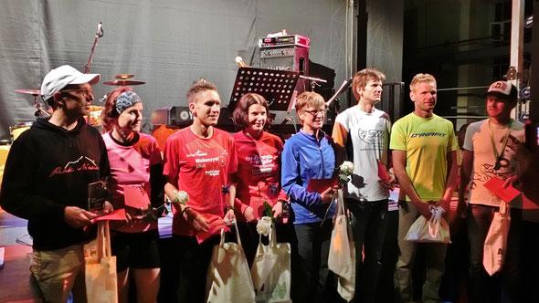 Steffen und Barbara gewinnen die Premiere des 1. AÜW-Illermarathon bei Nacht von Immenstadt über Sonthofen nach Kempten