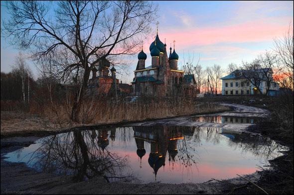 Экскурсии по Ярославлю. Церковь Иоанна Златоуста в Коровниках