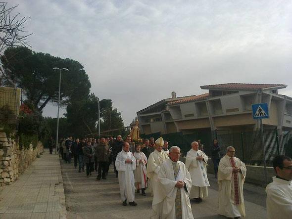 Ozieri, processione per Santo Bambino di Praga