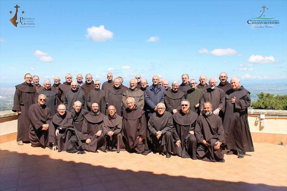 I Padri capitolari con il Vicario Generale P. Emilio Martinez e il P. Provinciale Gabriele Morra