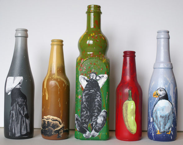 untitled painted bottles - spraypaint, acrylics on glassbottles - from left : Turtle - 21.06.2005 / Sleeping man - 11.01.2004 / Atlantic puffin - 09.10.2005