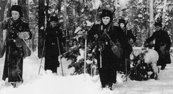 Полевой выход суворовцев / Cadets fieldwork