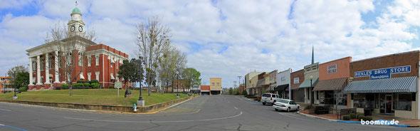 Abseits des Parkways finden sich nette Ortschaften