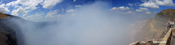 Der dampfende Schlund des Masaya