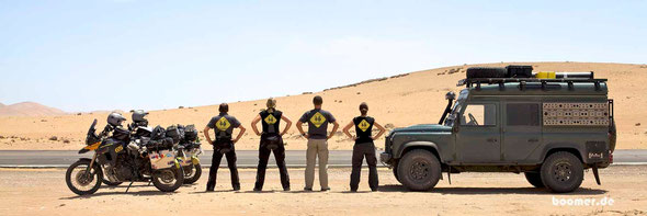 Gruppenbild mit Team Landy und den neuen boomer-Shirts