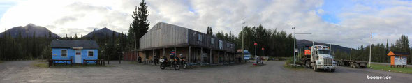typisches Roadhouse am Alaska Highway