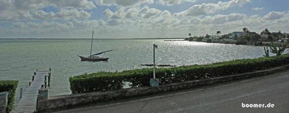Aussicht vom Hotel auf die Corozal Bay