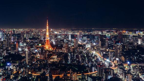 深夜の東京
