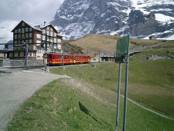 スイス ユングフラウにて(2011.05.07撮影:吉田聡)