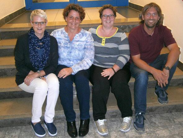 (v.l.): Michaela Kuhl (2.Vorsitzende), Elena Giffels (1.Vorsitzende), Katharina Grunz (Kassiererin), Uwe Bodenheim (Schriftführer). Nicht auf dem Bild sind die Beisitzerinnen Christine Cevriz und Claudia Weber