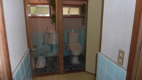 女性トイレ内