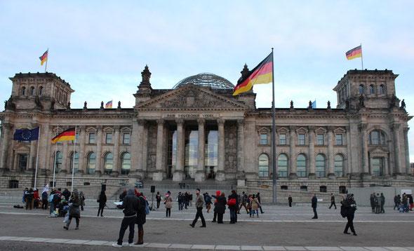 … dann Kultur - Reichstag ...