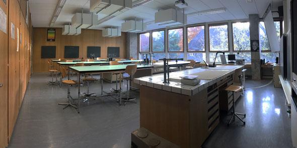 Physik- und Chemie Zimmer 201