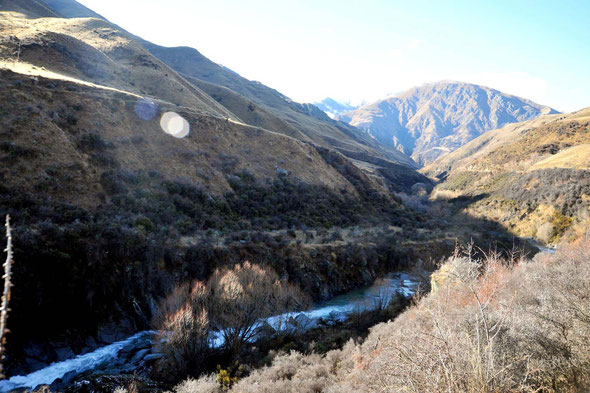 The ice-age terraces on the Arrow River (a tributary of the Clutha/Mata-Au) high above the river bed were productive of gold but required complex water-races to get water to them to enable them to be