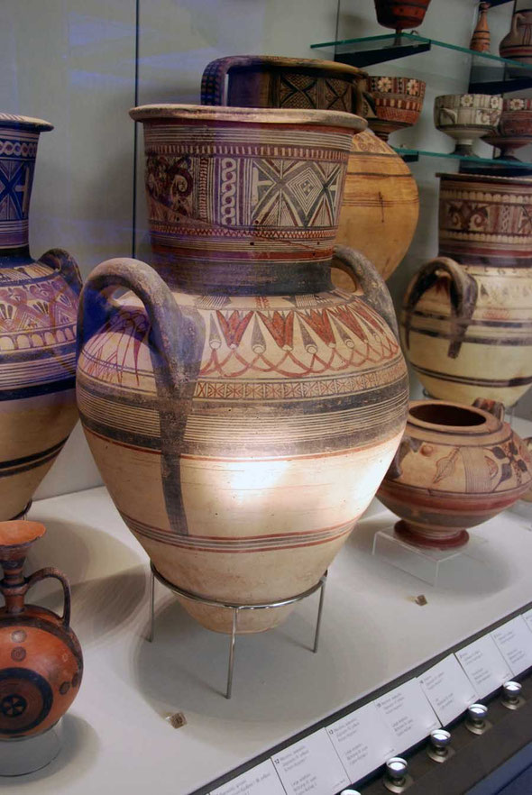 Large amphora, Bichrome IV ware, Cypro-Archaic I  750-465 BC, Pierides Collection, Nicosia