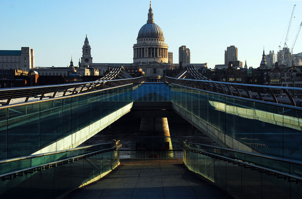 Early one morning just as wealthy inequality was rising: St Paul's from the Millenium Bridge, 2009