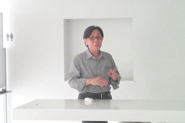 ご好意で「浮世絵随談」をお話しくださる新藤先生