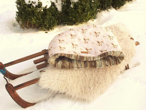 Exklusiver Hundeschlafsack für kleine Hunde hochwertiges Fellimitat, rosa Baumwollstoff mit Hirschmuster ÖkoTex100