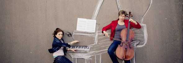Anastasiya Zheludkova am Klavier und Barbara Eimann am Violancello als Duo Risoluto