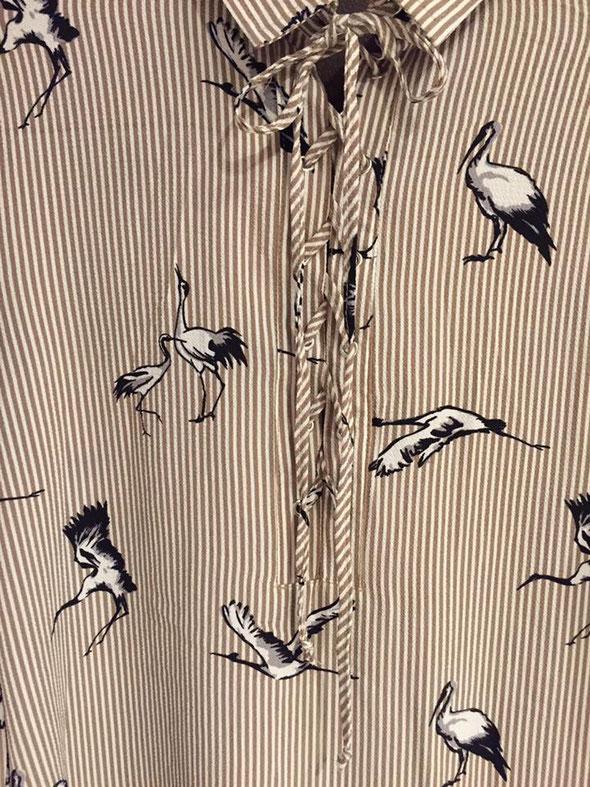 IMPRIMÉ OISEAU L oiseau se pose sur nos pièces estivales