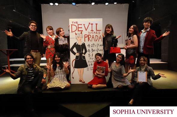 【ドラマセクション】2019春公演「プラダを着た悪魔」の集合写真。3日間で100名を超えるお客様に来ていただきました!