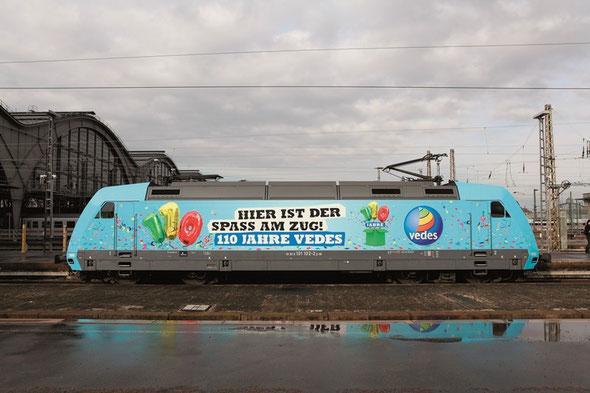 101 102-2 mit neuer Werbung 110 Jahre VEDES im Leipziger Hbf am 21.02.2014 | Fotograf Daniel Berg
