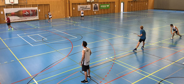 Blick in die Halle am Luzern Open 2016