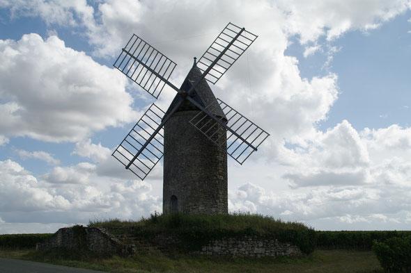 Le moulin de Lescours à St-Aubin de branne