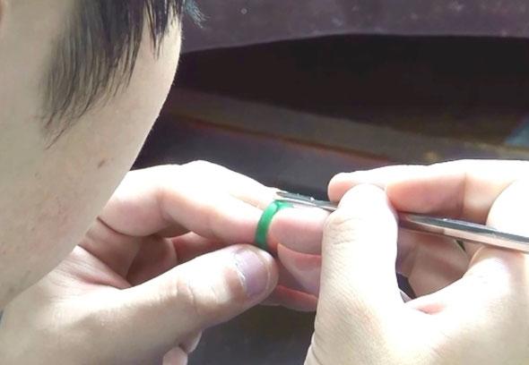 理想とする婚約指輪を手作り
