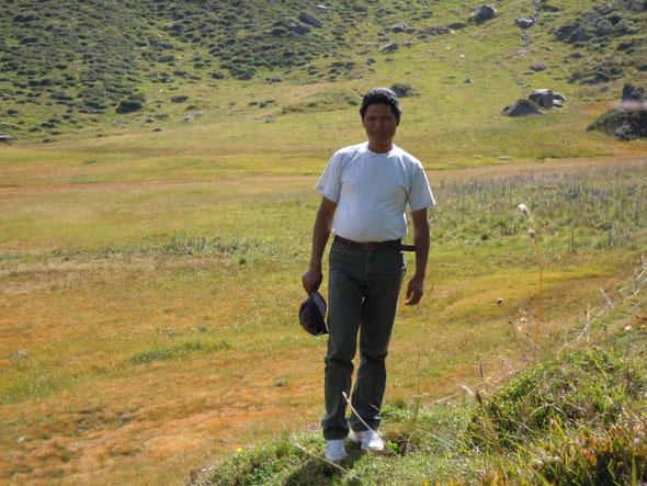 Le sherpa Sakkal venu du Népal visiter notre beau Vallon