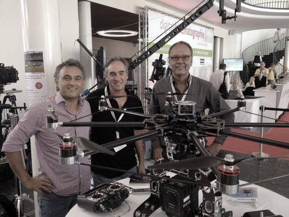 Ted from Red ( Ted Schilowitz ) bei Cooperationsgesprächen auf der digitalen cinematografie mit den campilots und Dieter Wurster