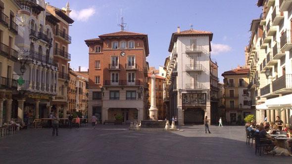 Plaza del Torico, Teruel. Aquí comenzamos la ruta.