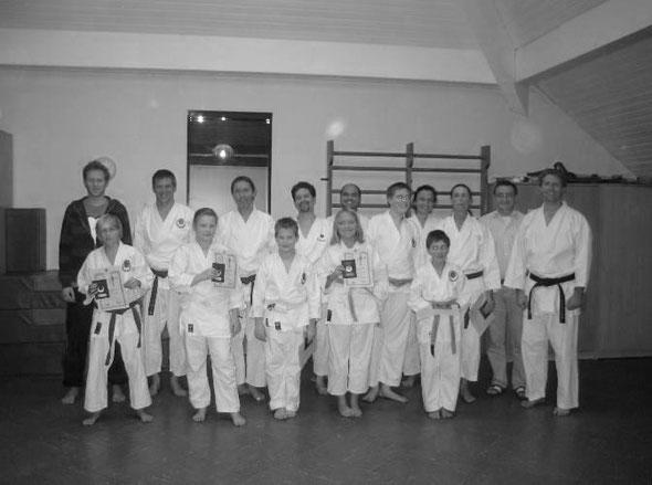 Ein Teil der Mitglieder vom KDO Bonn bei der Kyu Prüfung im Dezember 2013