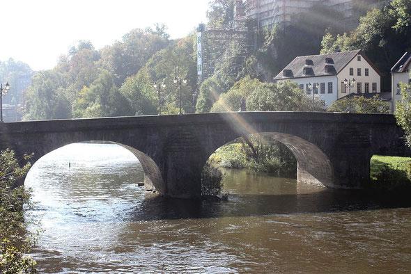 Weilburg, Steinerne Brücke (Quelle: Dguendel, Wikimedia)