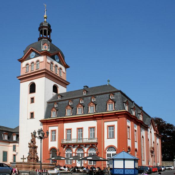 Kirche und Rathaus unter einem Dach – dies und viel mehr kann man am Denkmalstag entdecken. Bildlizenz: Weilburg_Schlosskirche10.jpg von Beckstet (Eigenes Werk) [CC BY-SA 3.0], via Wikimedia Commons