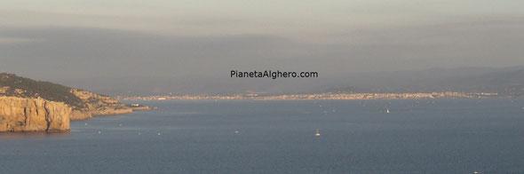 Foto scatata dal piazzale delle Grotte Di Nettuno, Strada per Capo Caccia - Alghero