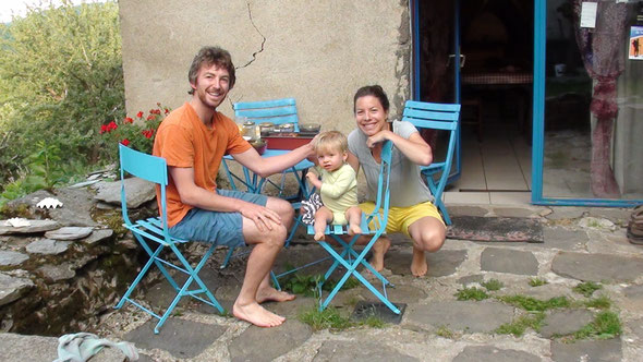 Gabin 16 mois sur le Compostelle, sympa les cht'is.